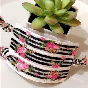 ❤️Cute❤️Trendy Floral Stripe No Pull Hair Ties